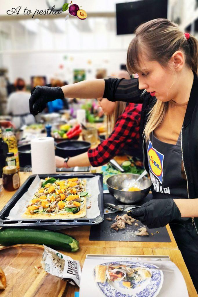 Tarta z dynią, grzybami i śledziami (przepis K. Okrasy) - warsztaty kulinarne 1